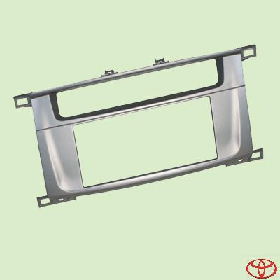 Рамка на панель Toyota LC 100 (4700)